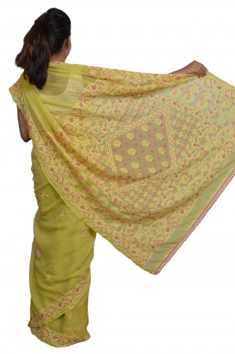 pallu image of Chikankari saree